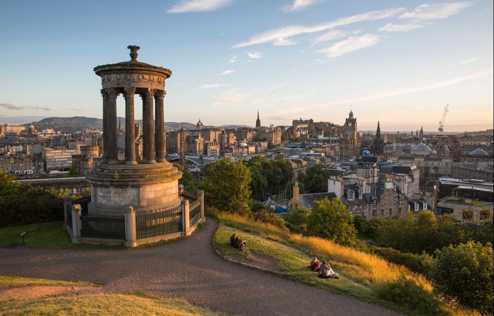 Edimbourg � VisitBritain-VisitScotland