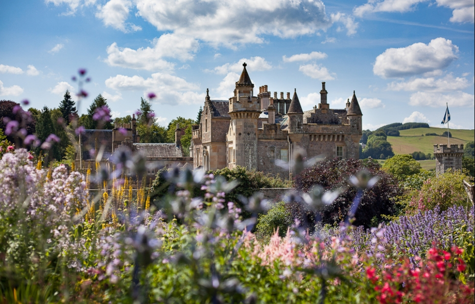 Abbotsford House (c) VisitBritain