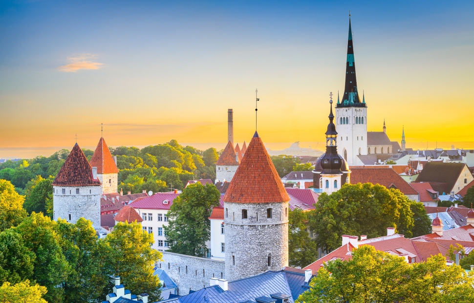 Tallinn (c) Fotolia_79507728_MSean Pavone 2015