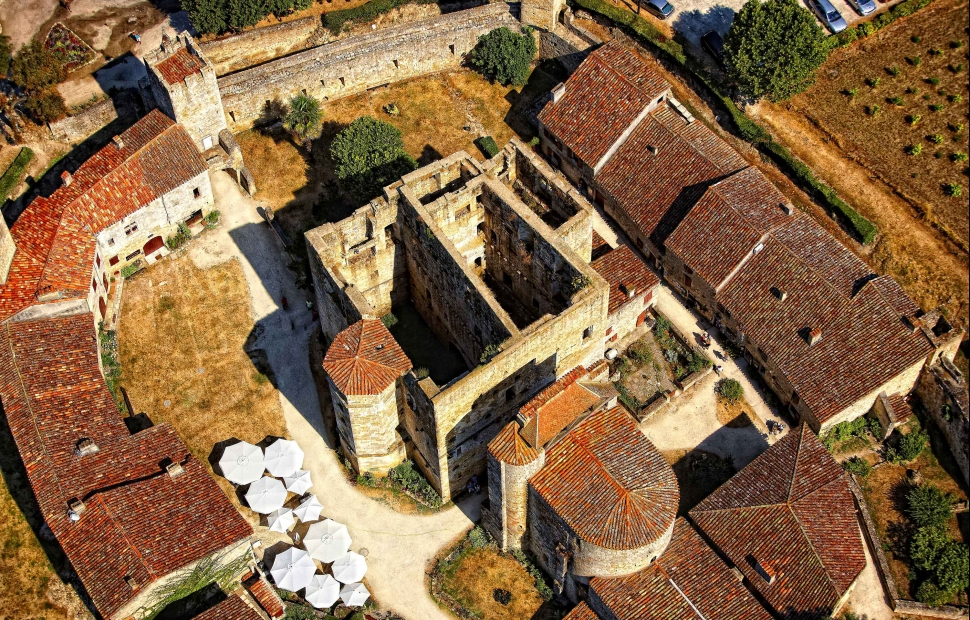 Larresingle (c) Dominique VIET - CRT Midi-Pyrénées