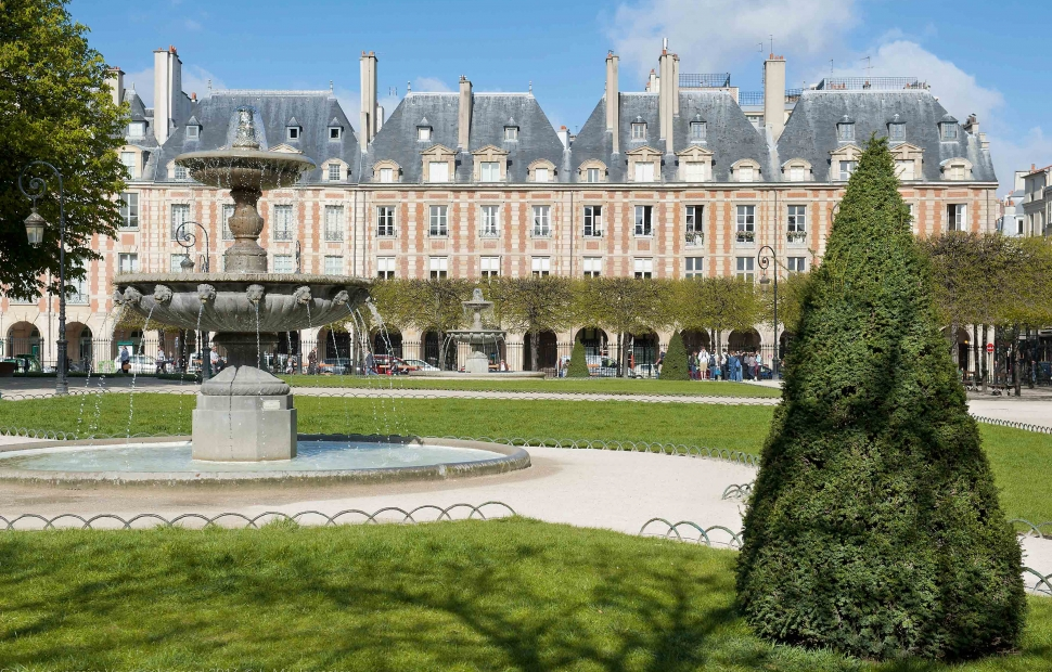 Place des Vosges � Paris Tourist Office - Photographe Daniel Thierry