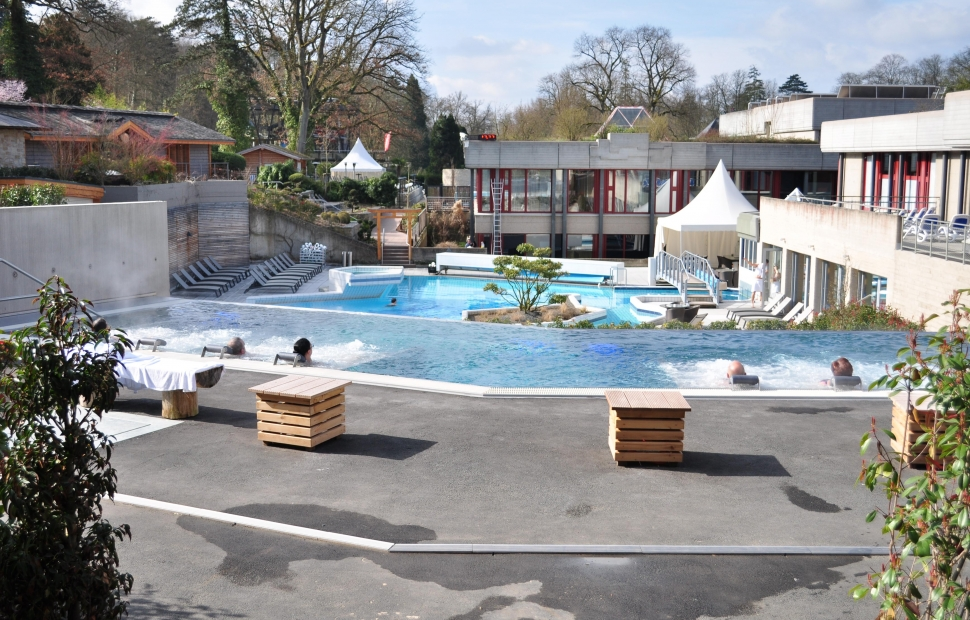 Pause thermal mondorf les bains voyages for Piscine thermale