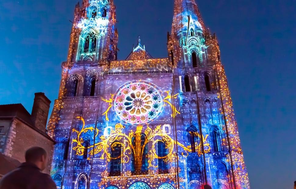 Cath�drale de Chartres - Copyright Spectaculaires les Allumeurs d'image - Office de Tourisme cit� Patrimoine