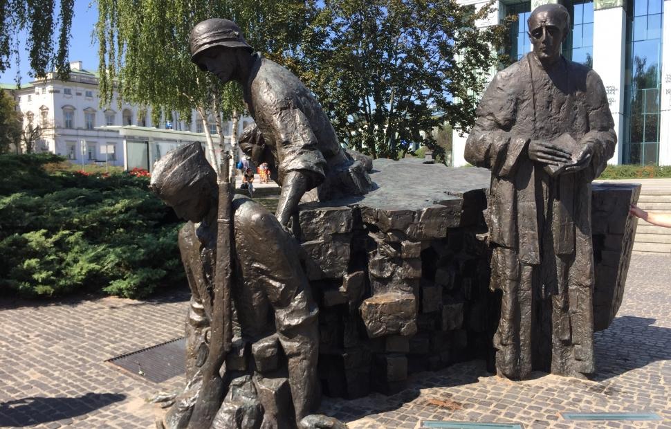 Insurrection Varsovie 2 -(c) Michel M