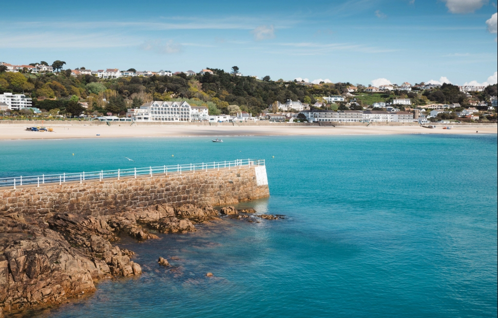 St Brelade's Bay (c) Visit JerseyCopyright of Andy Le Gresley Photography