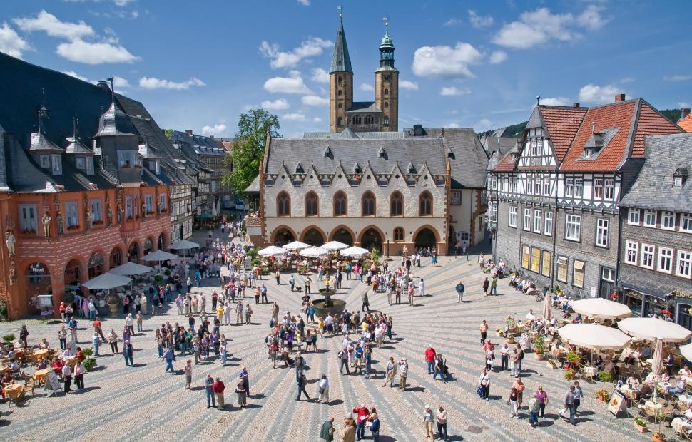 Goslar Marktplatz Fotograf Stefan Schiefer Quelle GOSLAR marketing gmbhwww.digitphotos.de