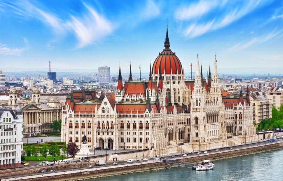 Budapest, le parlement � Brian Kinney - Fotolia
