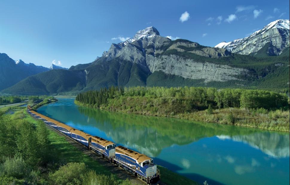 Alberta - @ Rocky Mountaineer - brandcanadalibraryRocky Mountaineer