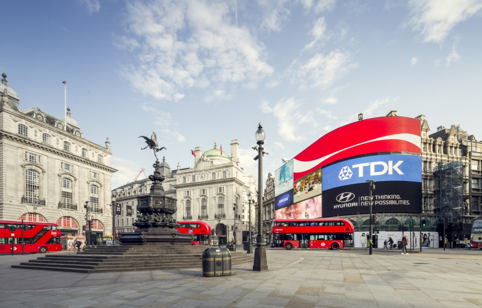 London skyline of Picadilly Circus � Julian Love - London and Partner