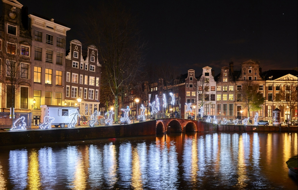(c) hollandmediabank.com