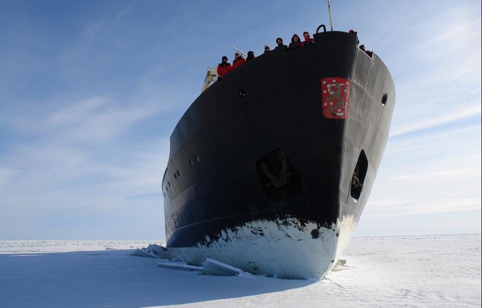 Ice breaker (c) visitfinland