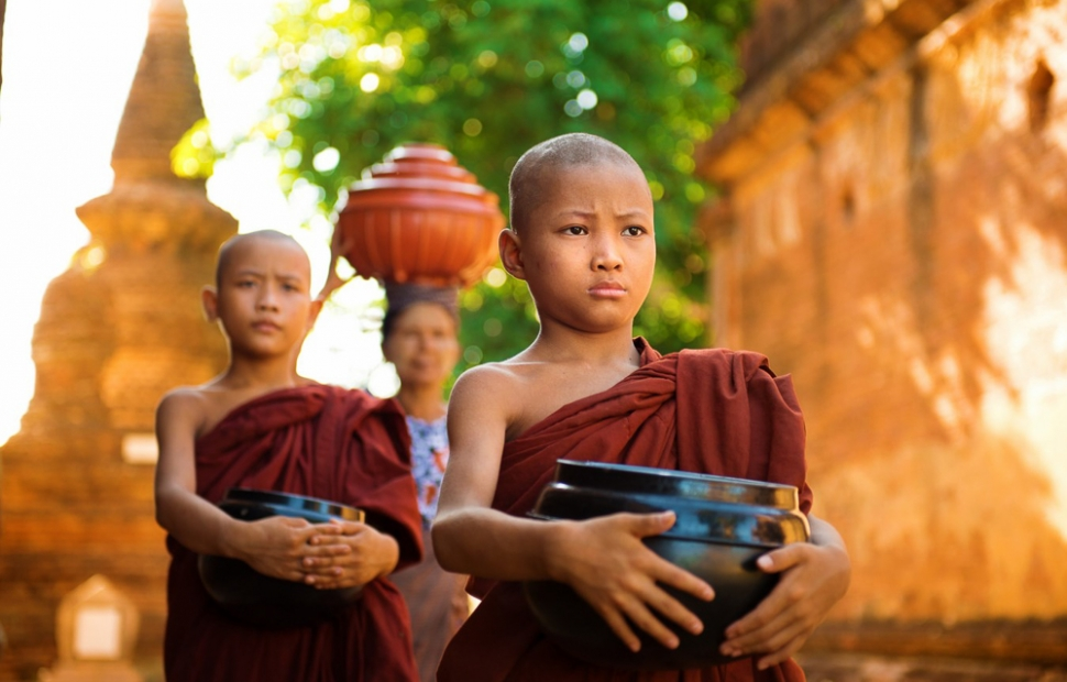 Bagan, young monks, Myanmar (c) Pegutravels