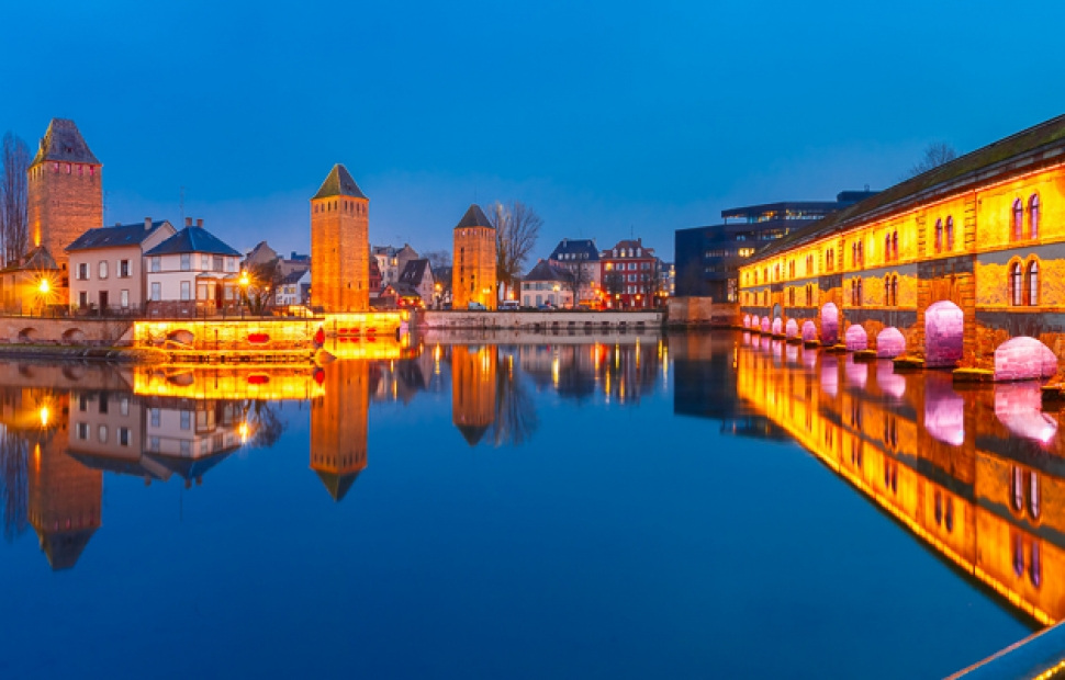 CROISI ALSACE - Strasbourg (c) Fotolia