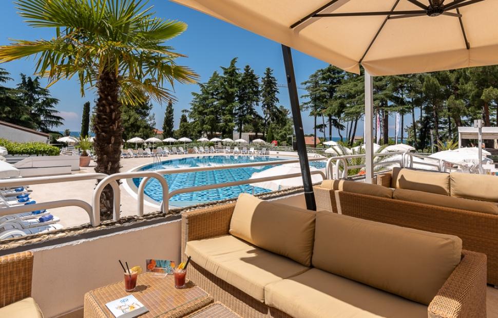 Valamar Pinia Hotel_Bistro Bazen