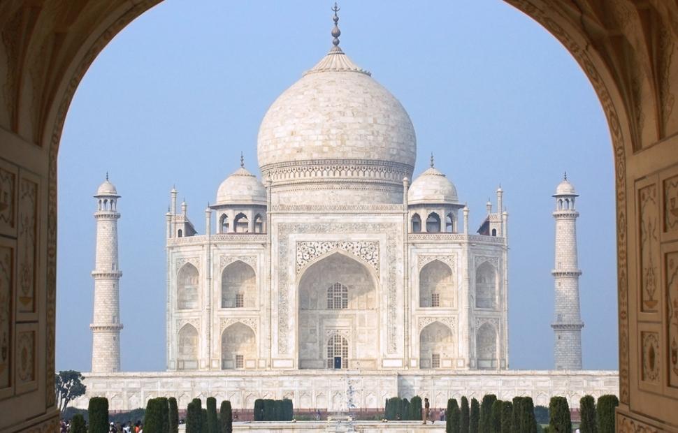 Taj Mahal 1 - (c) Fotolia