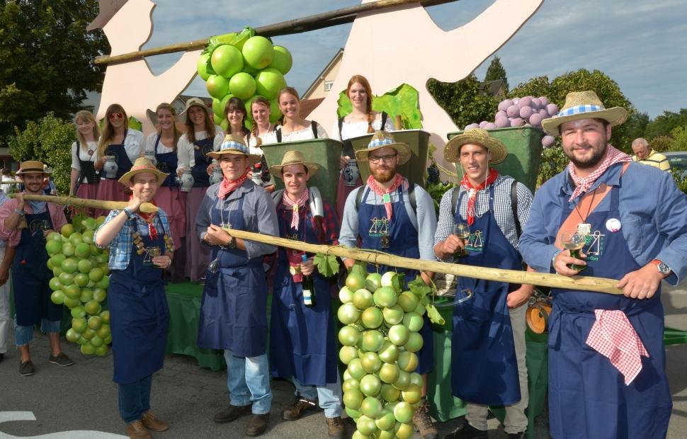 F�te du vin Grevenmacher - 16-09 CFG-Cort�ge_338_Rinnen