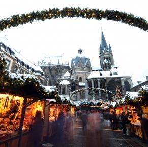 Aix-la-Chapelle, la rayonnante