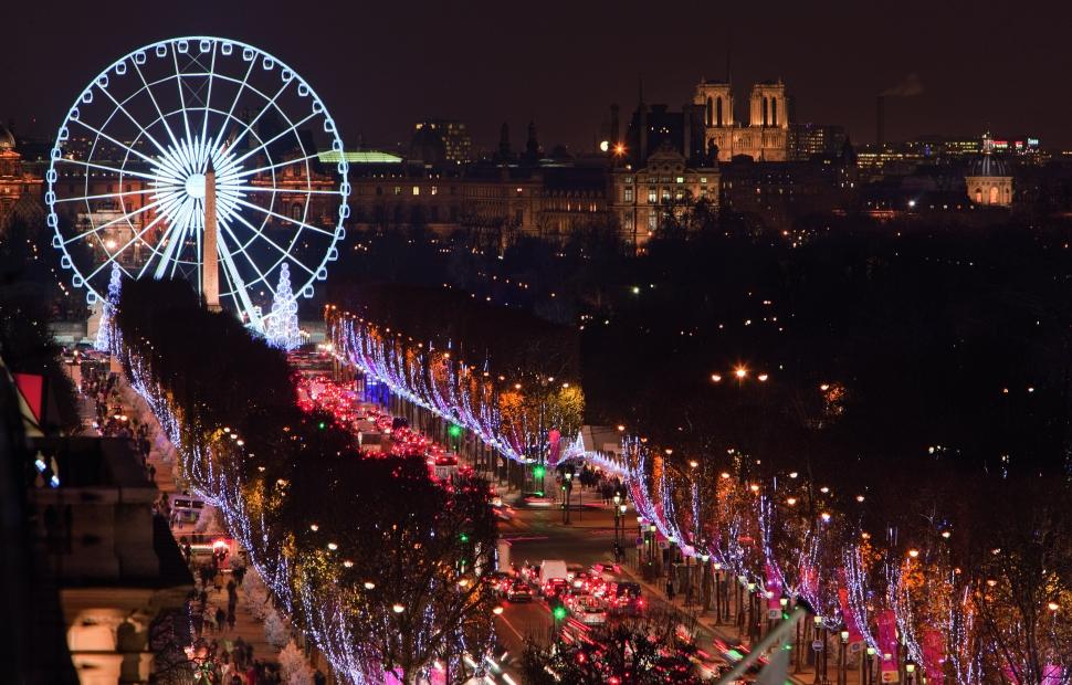 Paris, Champs Elys�es � Paris Tourist Office - Photographe  Jacques Lebar 174-06_cmjn (1)