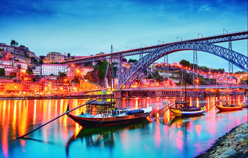 Porto by night (c) Luisa Todi - 2
