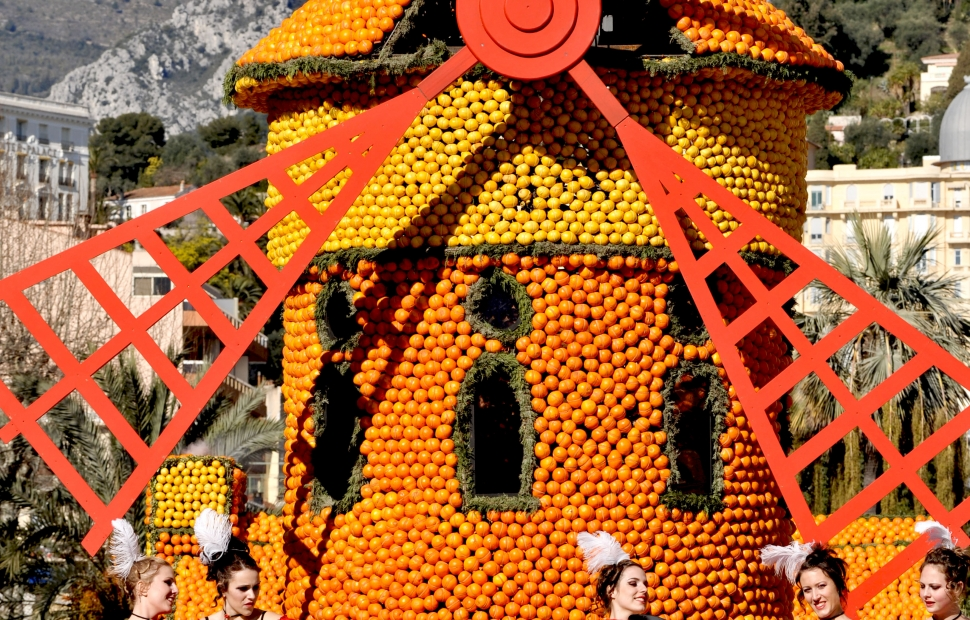 10B. BP F�te du Citron � Menton (c) CRT Riviera C�te d-Azur - Photographe  Georges VERAN