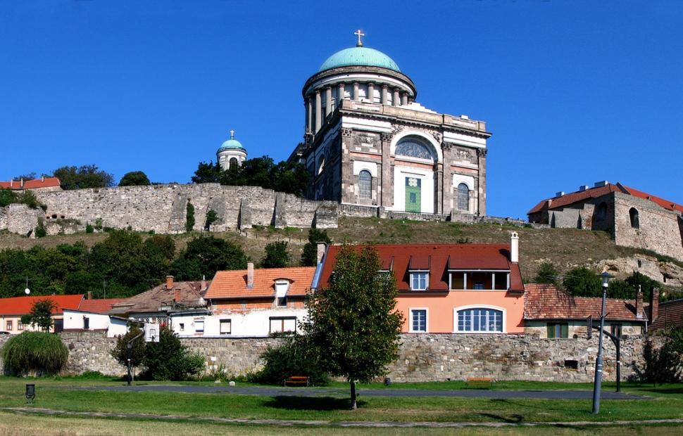Esztergom �Tourisme Hongrois