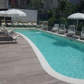HOTEL LALLA & VILLA ORLY***