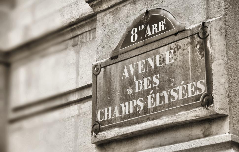 Champs Elys�es (c) AdobeStock