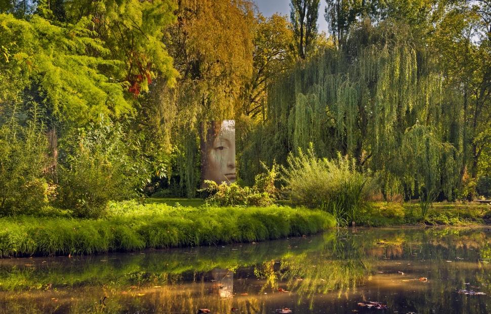 Clos Luc�, jardin de L�onard