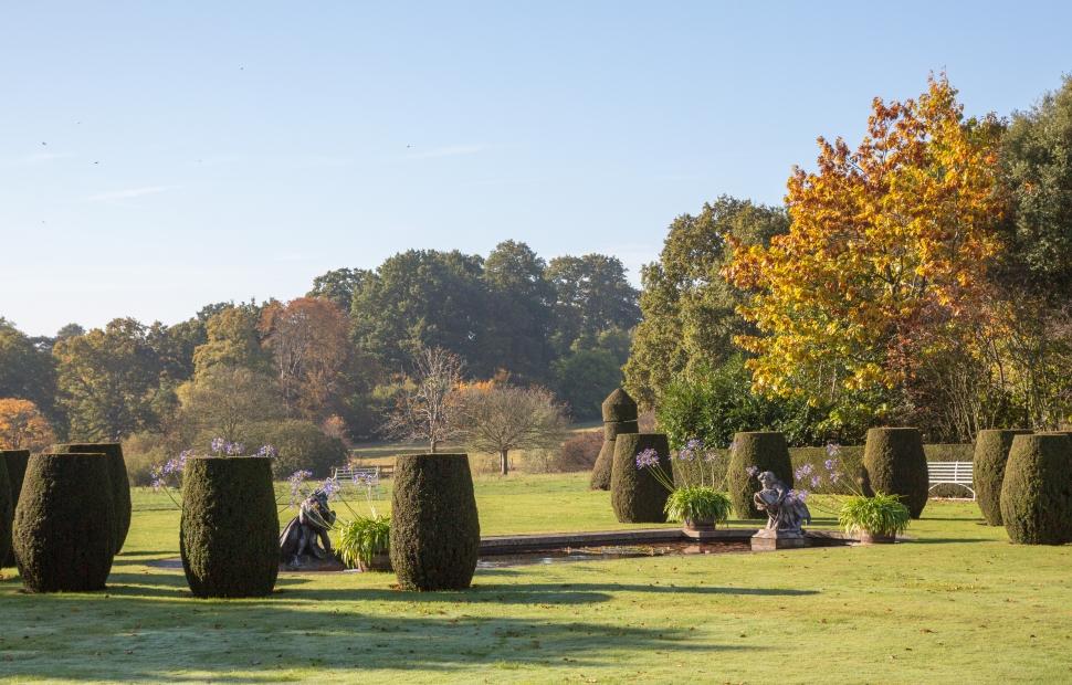 Hole Park, Gardens (c) Hole Park