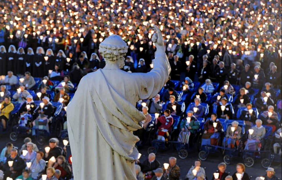Procession aux flambeaux (c) Patrice THEBAULT - CRT Occitanie