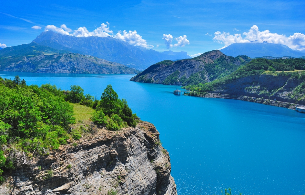 Lac de Serre-Pon�on � Fotolia