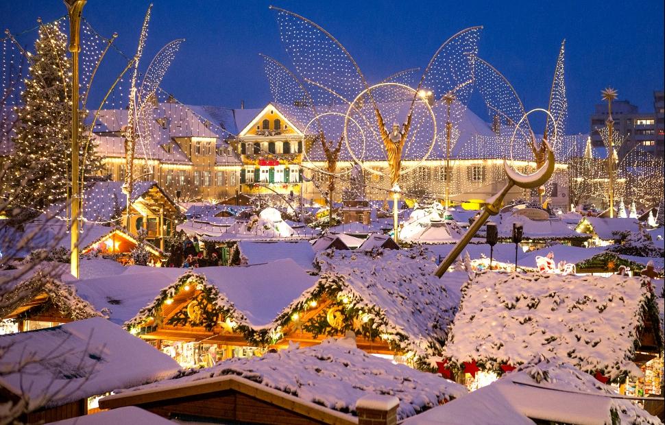Weihnachtsmarkt_Schnee � Ludwigsburg