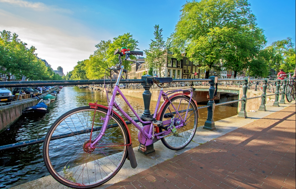 Amsterdam  AdobeStock