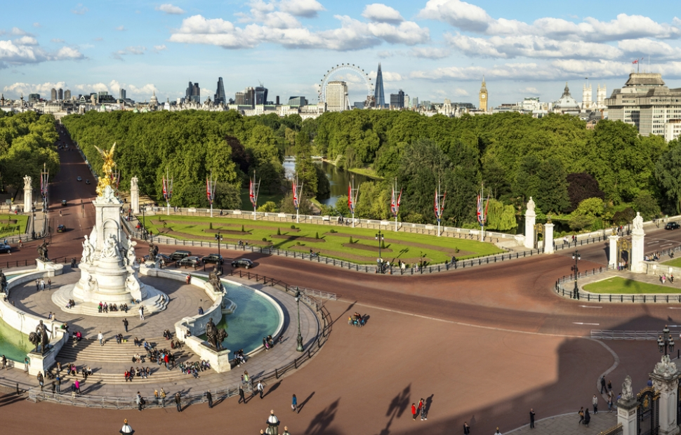 Londres, The Queen Victoria Memorial (c)  VisitBritain - Andrew PickettVB34141606