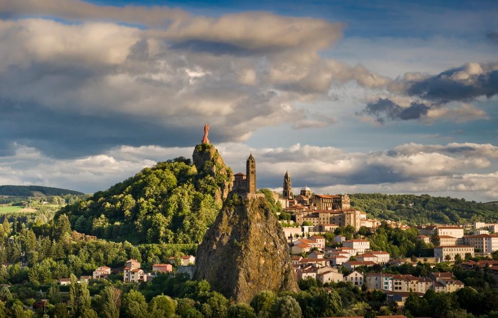Le Puy-en-Velay (c) L. Olivier - Auvergne-Rh�ne-Alpes Tourisme