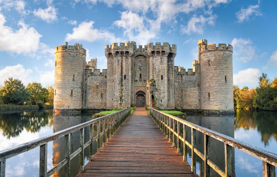 Bodiam castle (c) AdobeStock