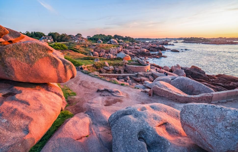 C�te de Granit Rose (c) crtb-ad9529_PORIEL-Thibault