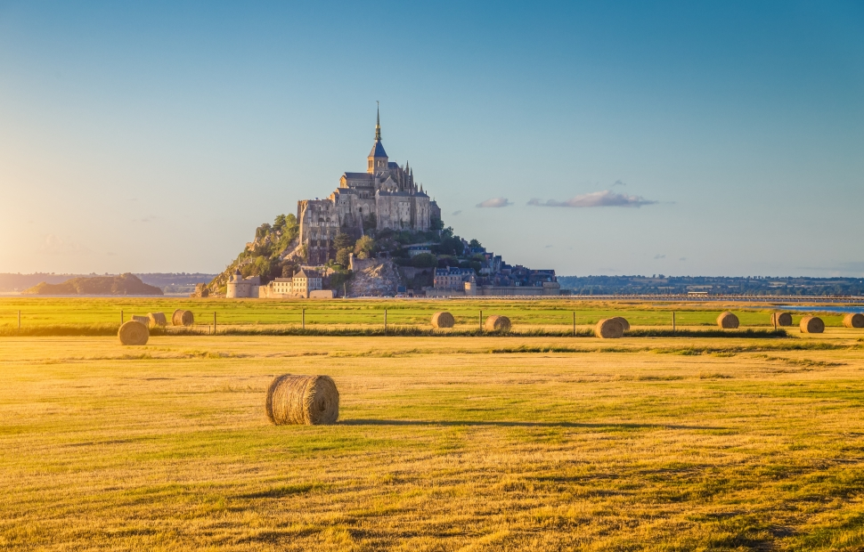 Mont-St-Michel (c) crtb-ad7610_Bluejayphoto---iStockphoto