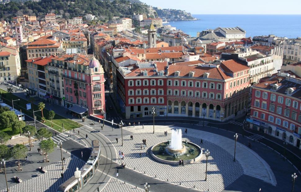 Nice, place Massena (c) CRT C�te d-Azur - Pierre Behar