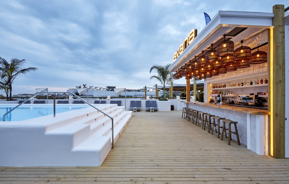 Bar Avana