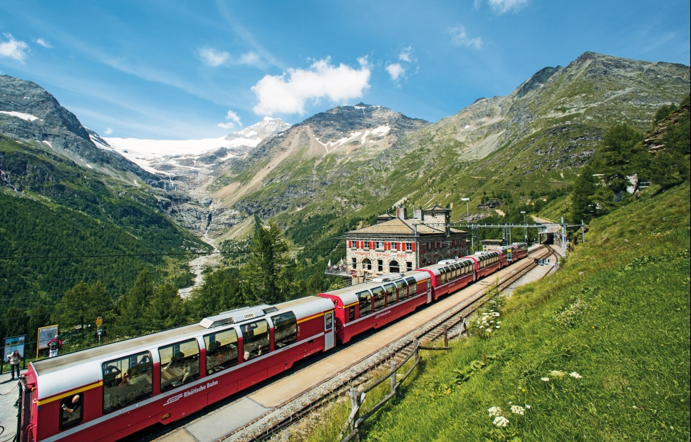 Bernina Express, Poschiavo (c) Switzerland tourism