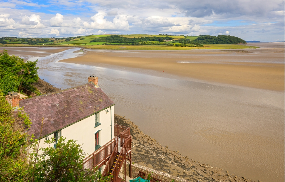 Laugharne � Crown copyright 2018 (Visit Wales) (4)