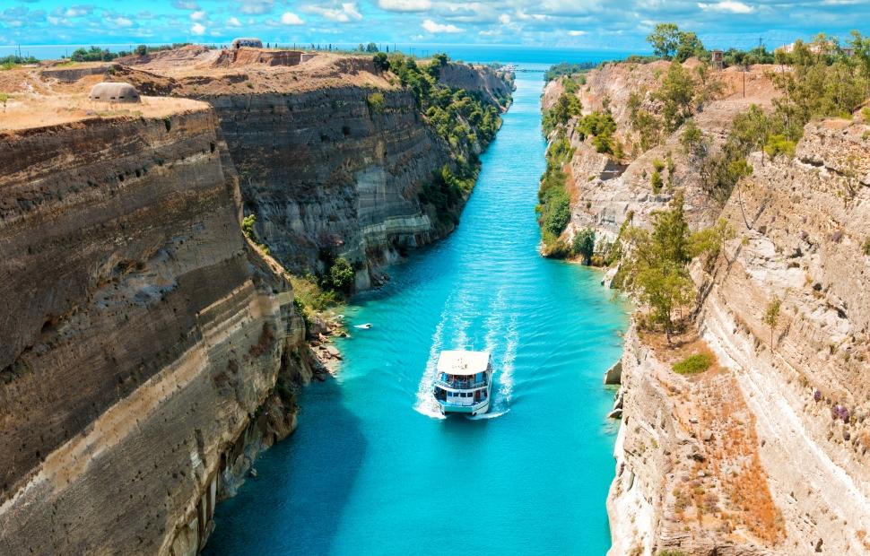 Canal de Corinthe (c) AdobeStock