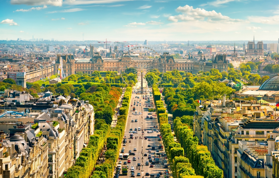 Paris, Champs Elys�es (c) AdobeStock