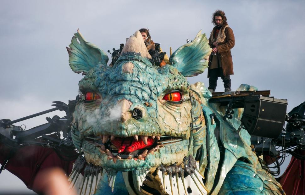 Calais, le dragon  �A.Chaput Pas-de-Calais Tourisme