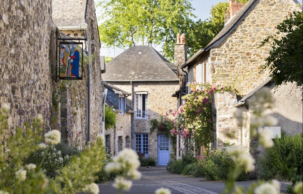 Ste-Suzanne �E.Deletang-Mayenne Tourisme