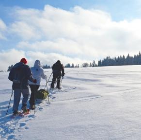 Jura, randonnées en raquettes au coeur des montagnes