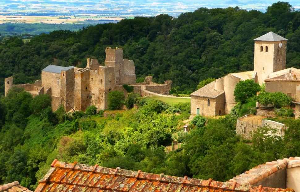 Château de Saissac CDT Aude Pays Cathare � C.G. Deschamps
