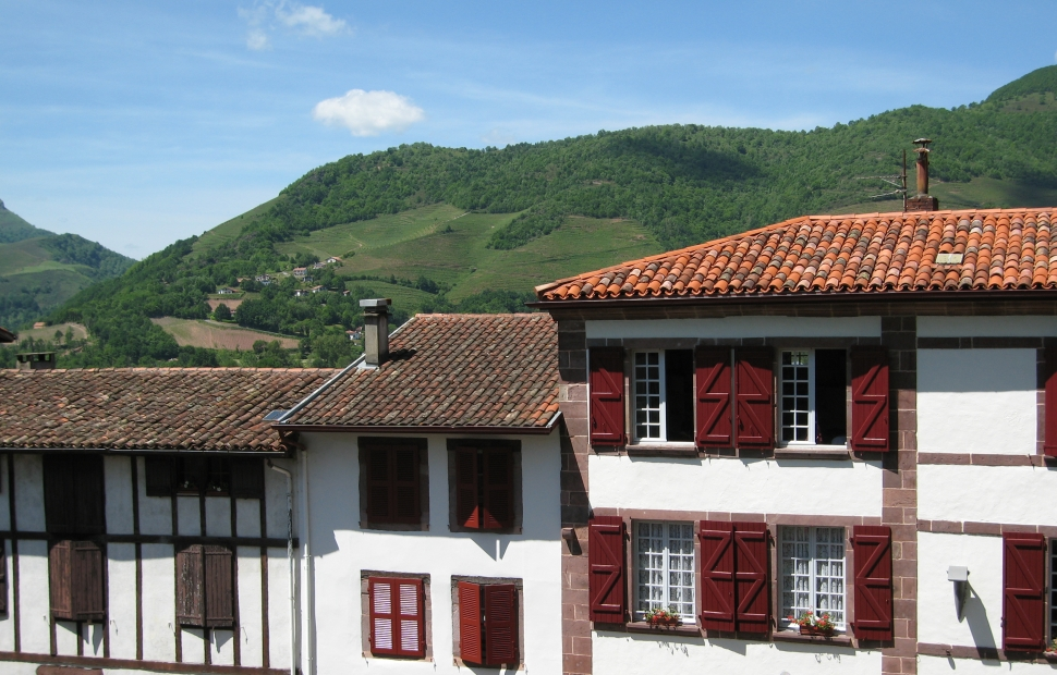 Pays basque voyages - Train biarritz to saint jean pied de port ...