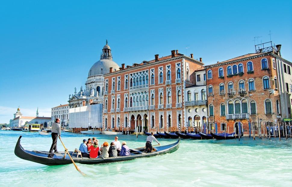 Venise (c) FOTOLIAGabriele Maltinti - Fotolia